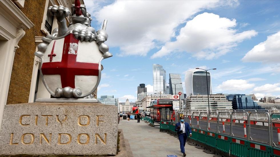 بريطانيا.. أكثر من 200 وفاة و33364 إصابة جديدة بفيروس كورونا المستجد