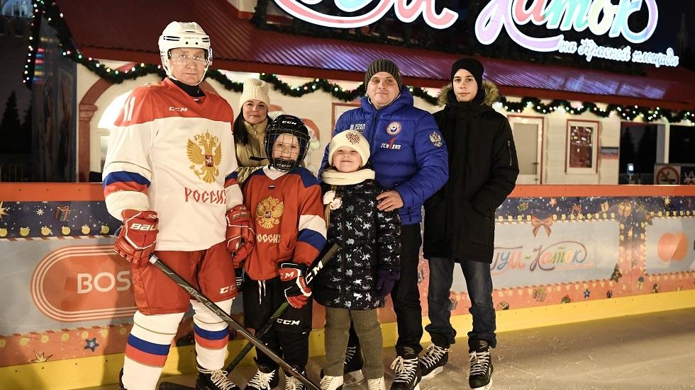 فلاديمير بوتين يحقق حلم الطفل ديما (فيديو)