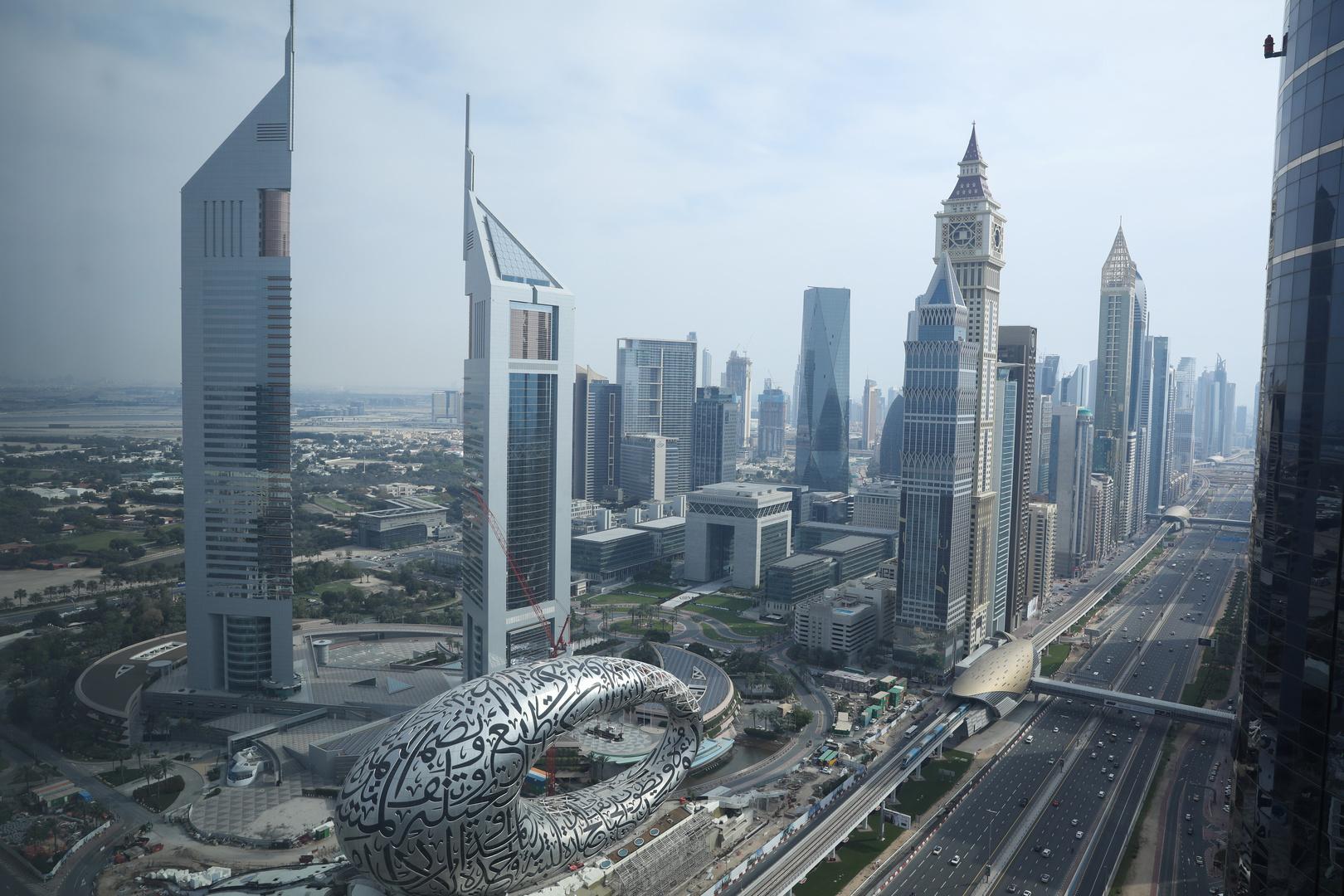 دبي تبدأ حملة تطعيم بلقاح