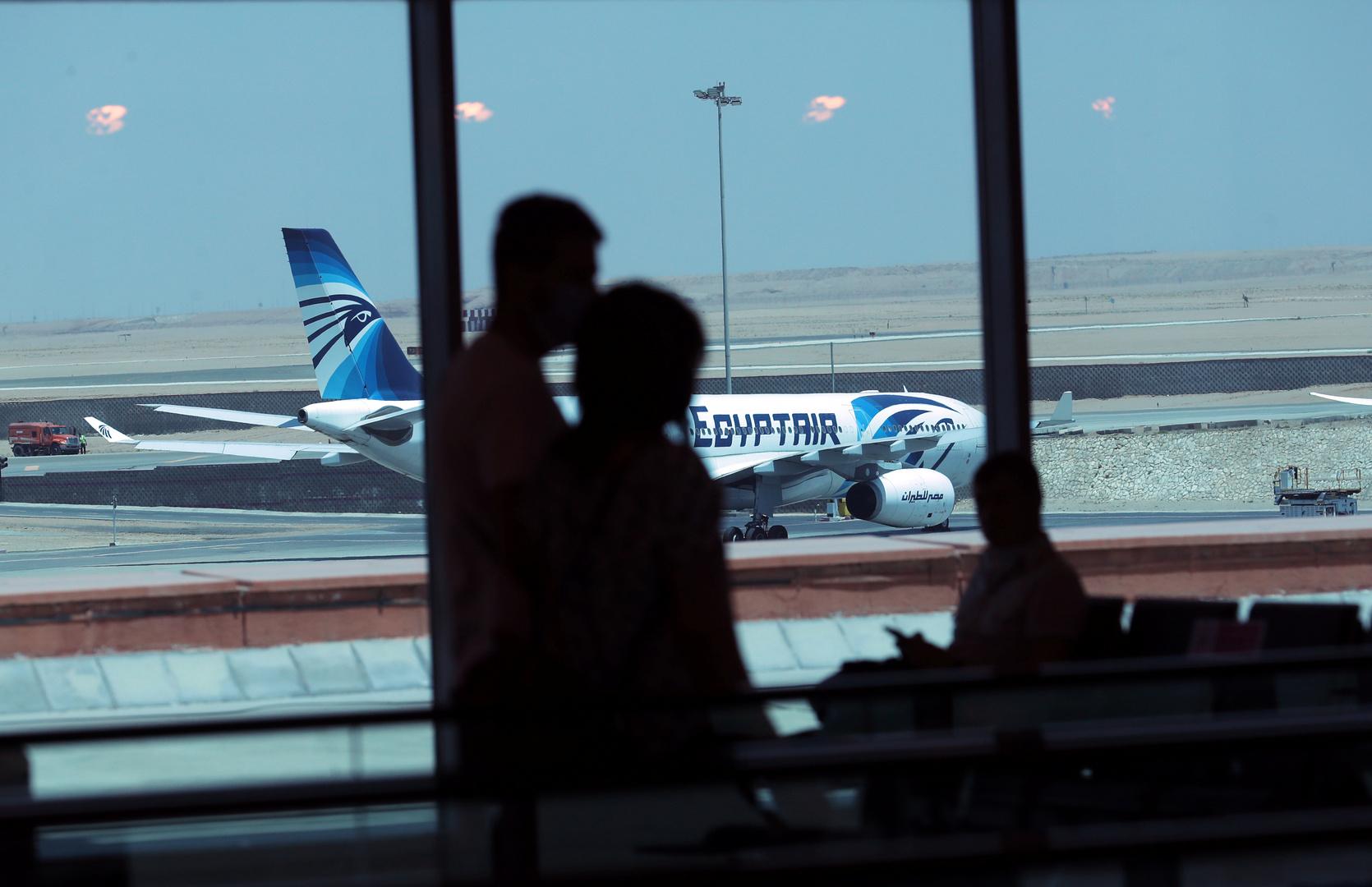 مئات المصريين في دول عربية وتركيا يرغبون بالعودة