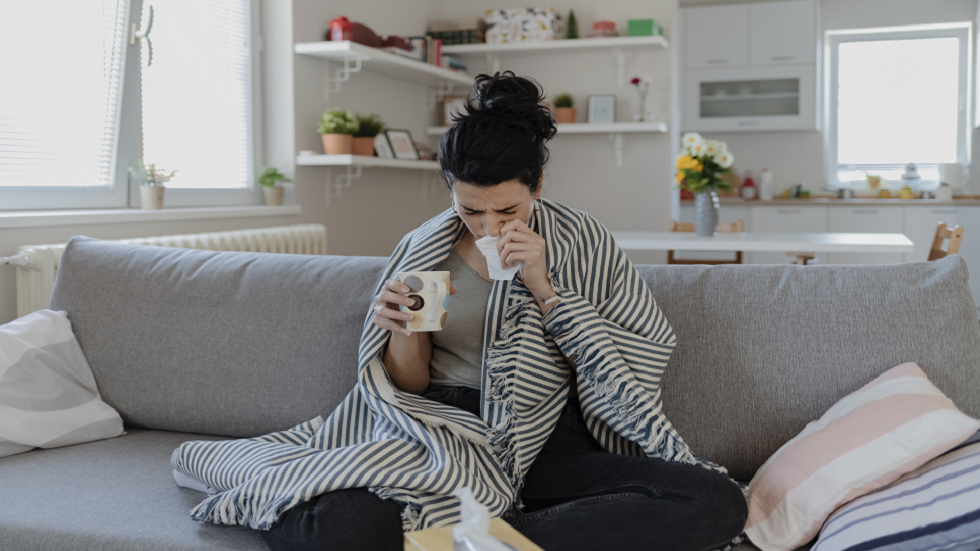 أفضل العلاجات الطبيعية لتخفيف أعراض البرد والإنفلونزا