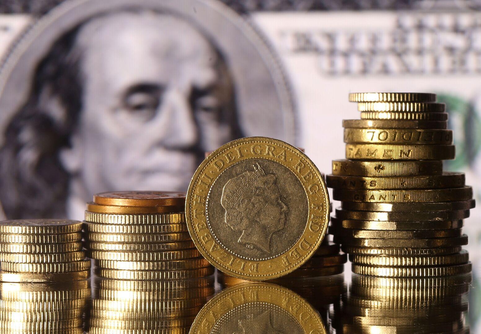 صندوق النقد: تراجع حصة الدولار من الاحتياطيات العالمية في الربع الثالث من العام