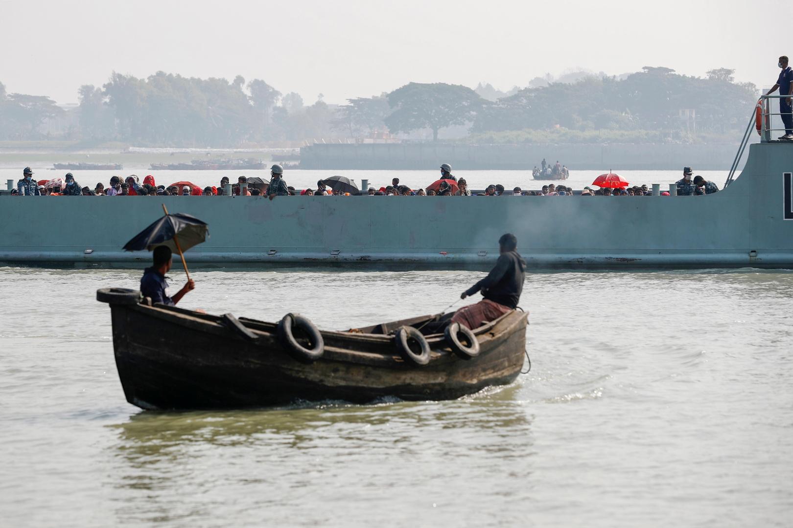 مسؤولون يؤكدون أن بنغلادش تستعد لنقل دفعة ثانية من لاجئي الروهينغا إلى جزيرة نائية