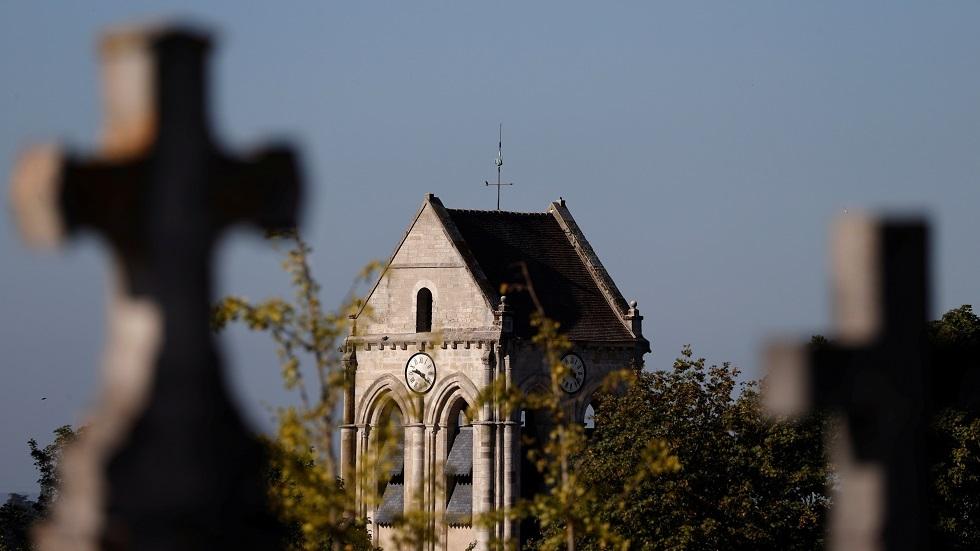 مقبرة مسيحية في فرنسا صورة تعبيرية