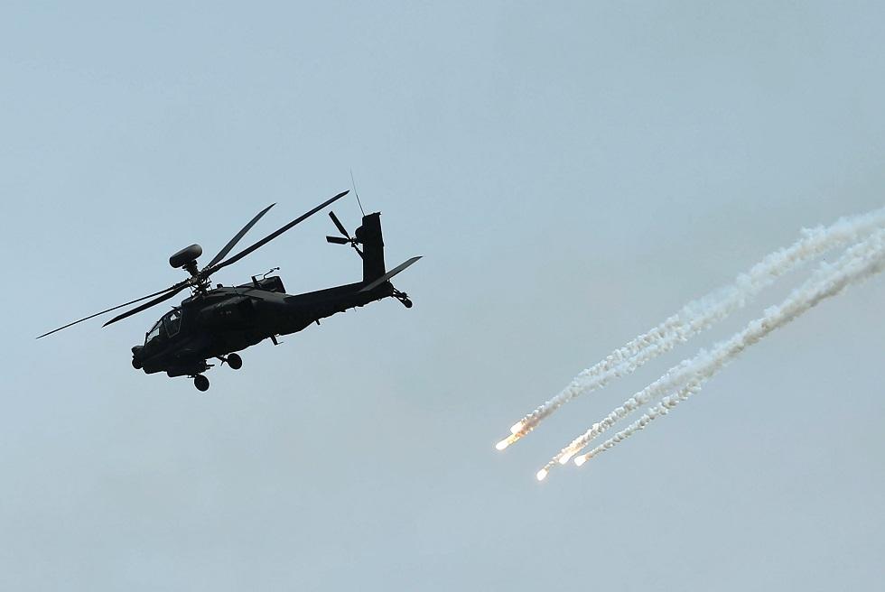 هليكوبتر من طراز AH-64E Apache
