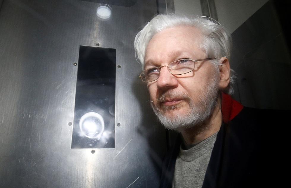برلين: نتابع بقلق إجراءات تسليم أسانج لواشنطن