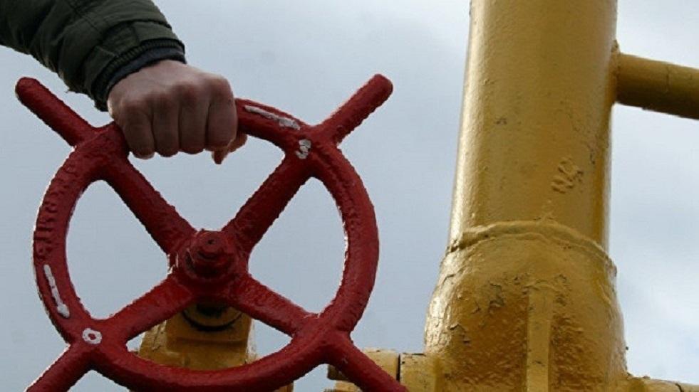 أذربيجان تباشر بضخ الغاز إلى أوروبا عبر خط أنابيب البحر الأدرياتيكي