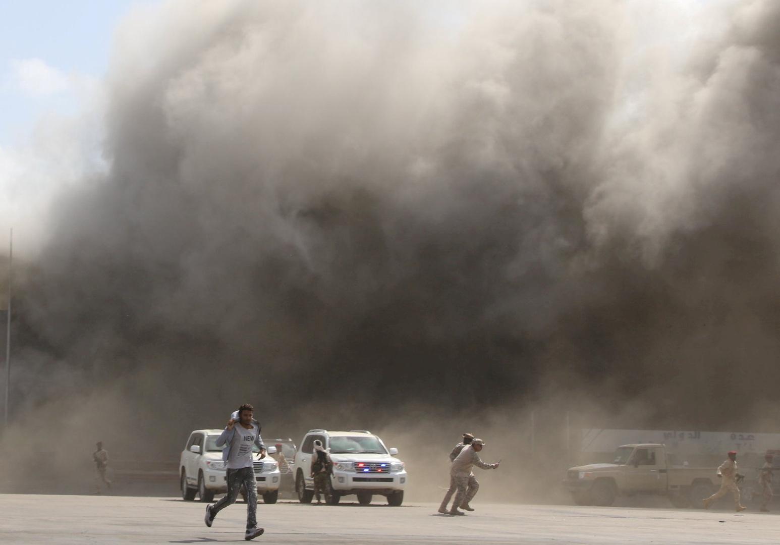 إيران تحمل التحالف العربي المسؤولية عن تقويض استقرار اليمن في ظل قصف مطار عدن