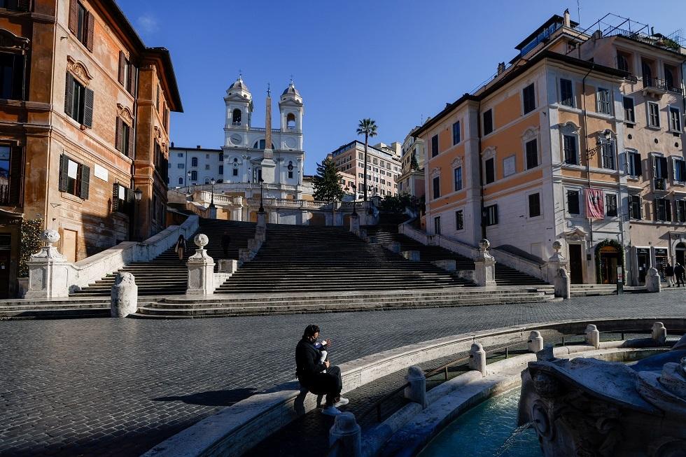 الصحة الإيطالية لا تستبعد إعلان مناطق حمراء جديدة في البلاد بعد 7 يناير