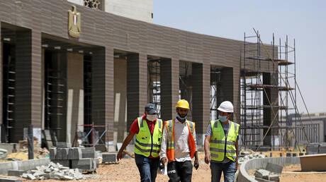 مصر تستعد لإنشاء أول مصنع للسكك الحديدية في البلاد