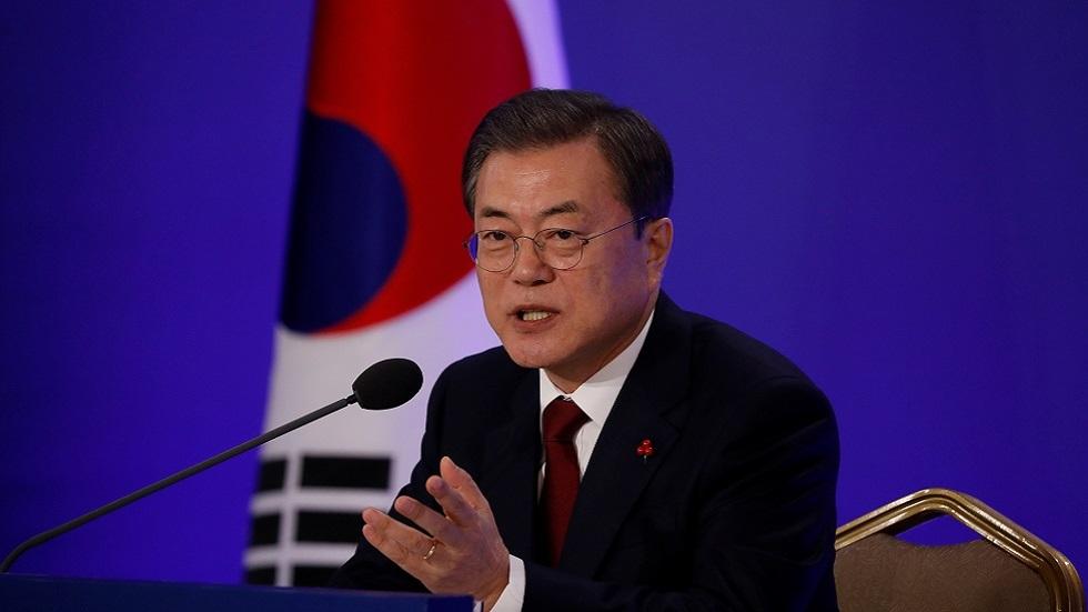 كوريا الجنوبية.. زعيم الحزب الحاكم يطلب العفو عن الرئيسين السابقين المسجونين