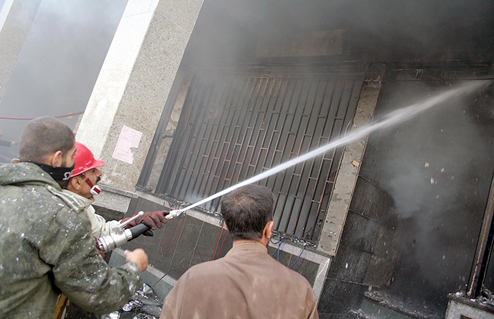 بالفيديو.. إصابات بانفجار للغاز في مجمع سكني بمدينة الأهواز بإيران