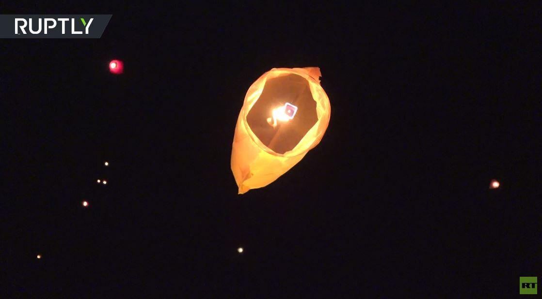 إطلاق مئات الفوانيس في ليلة رأس السنة إحياء لذكرى ضحايا حرب قره باغ