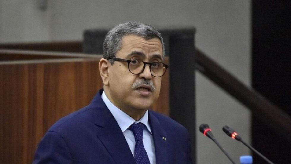 رئيس وزراء الجزائر يدعو أكاديميا أردنيا للتواصل بشأن