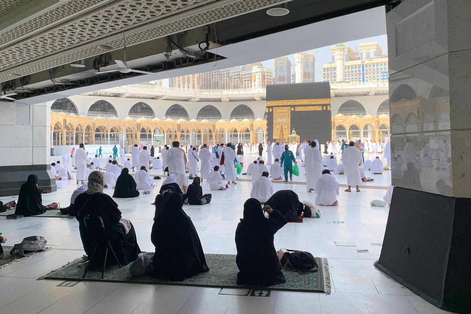 دراستان سعوديتان تحسبان متوسط وقت أداء مناسك العمرة