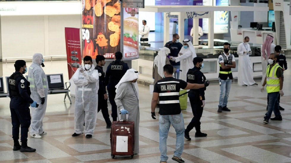 الكويت تعيد تعليق الرحلات مع بريطانيا بعد رفعه