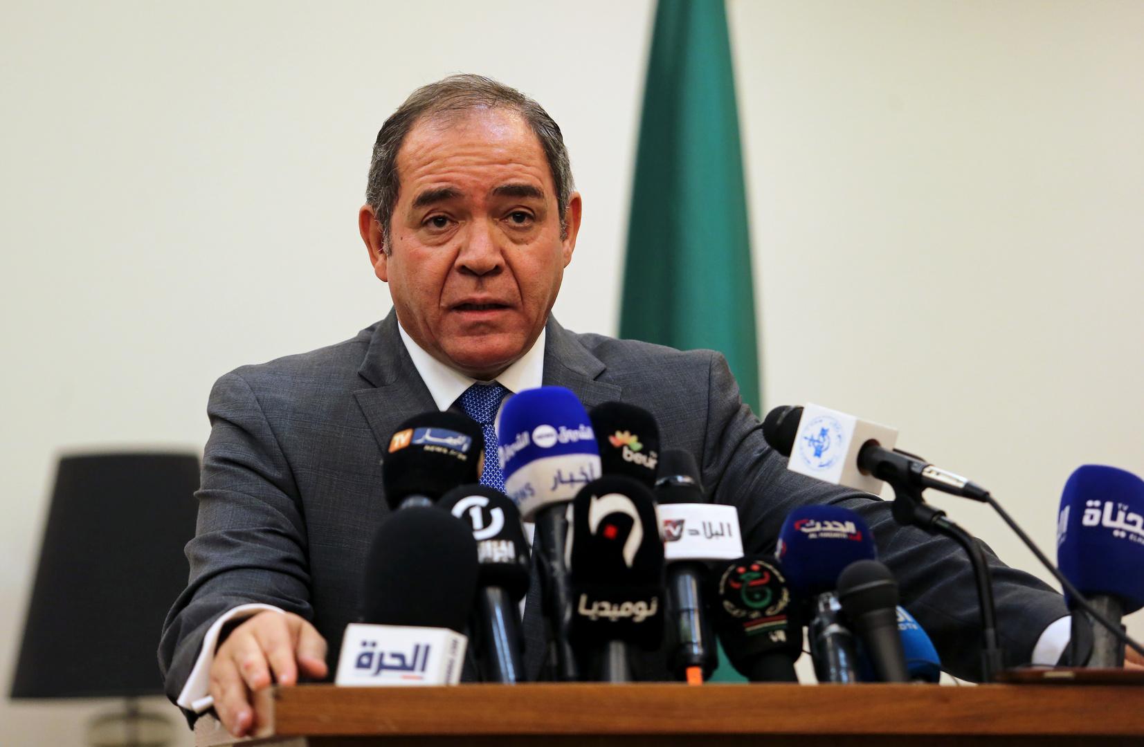 الجزائر: نشترك بحدود طويلة مع ليبيا ونسعى لحل أزمتها سلميا