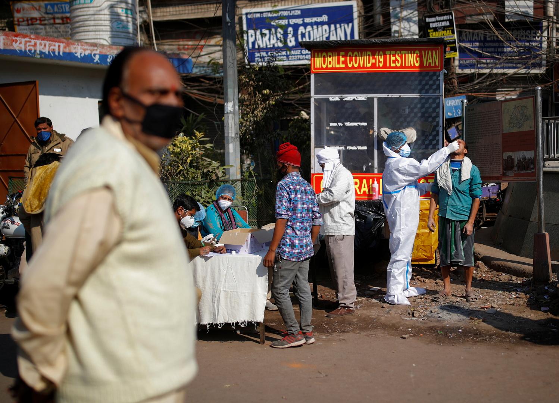 الهند توافق على الاستخدام العاجل للقاحي
