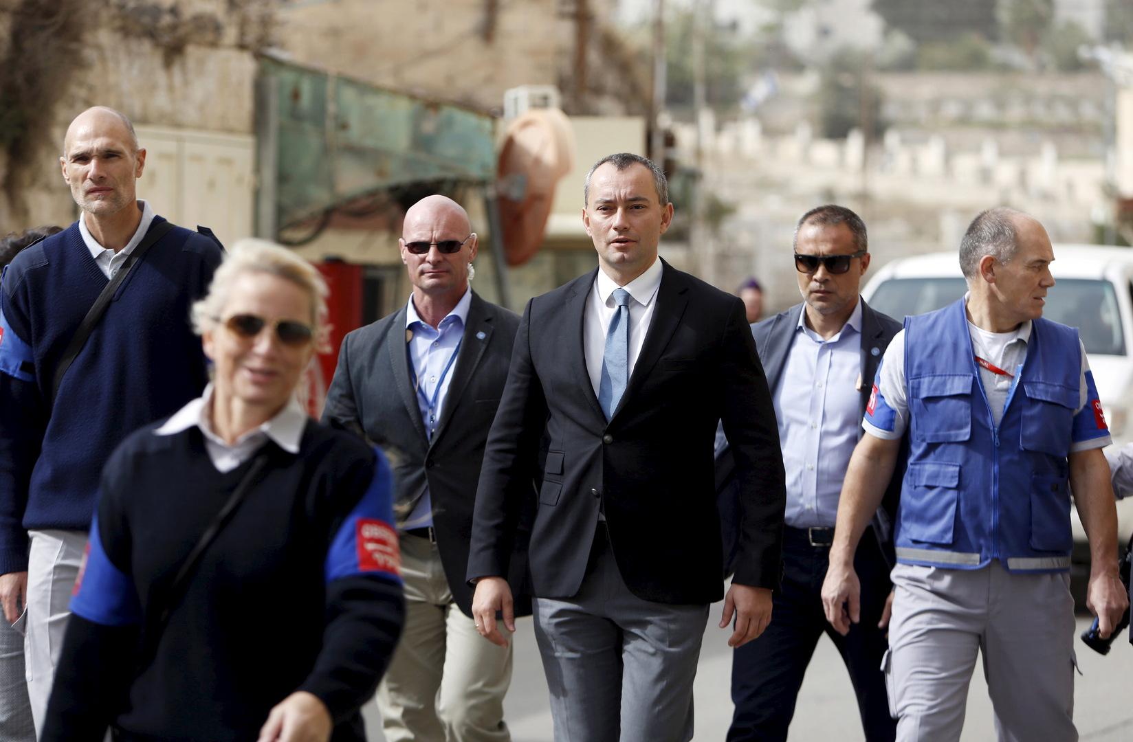 ملادينوف: التطبيع قد يكون مفيدا للفلسطينيين