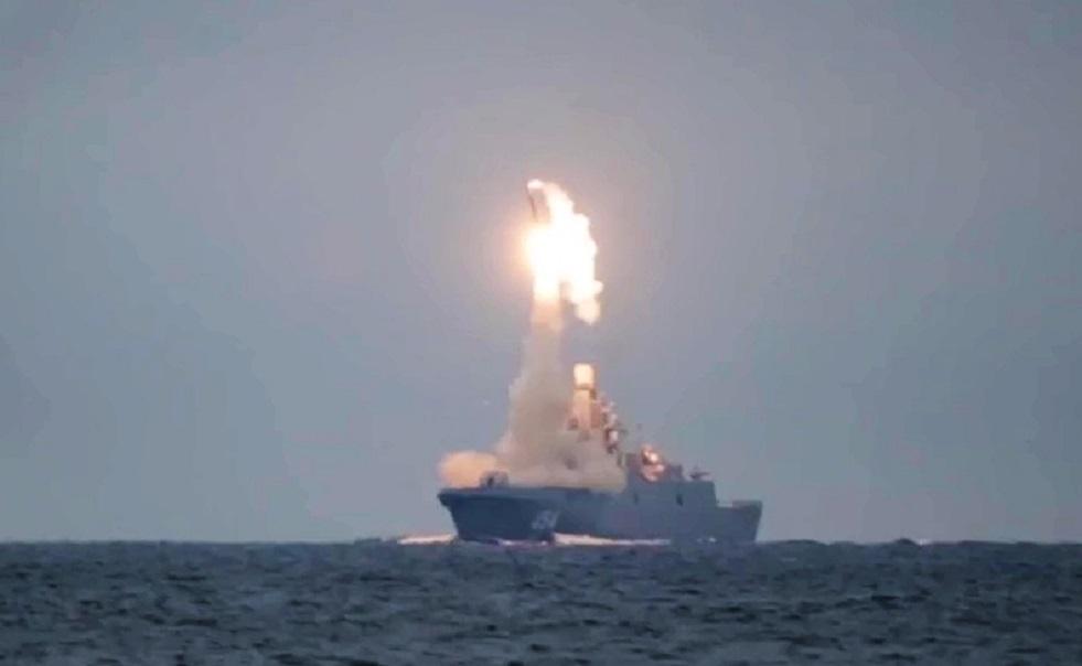 لأول مرة.. فرقاطة روسية تخطط لإطلاق صلية صواريخ