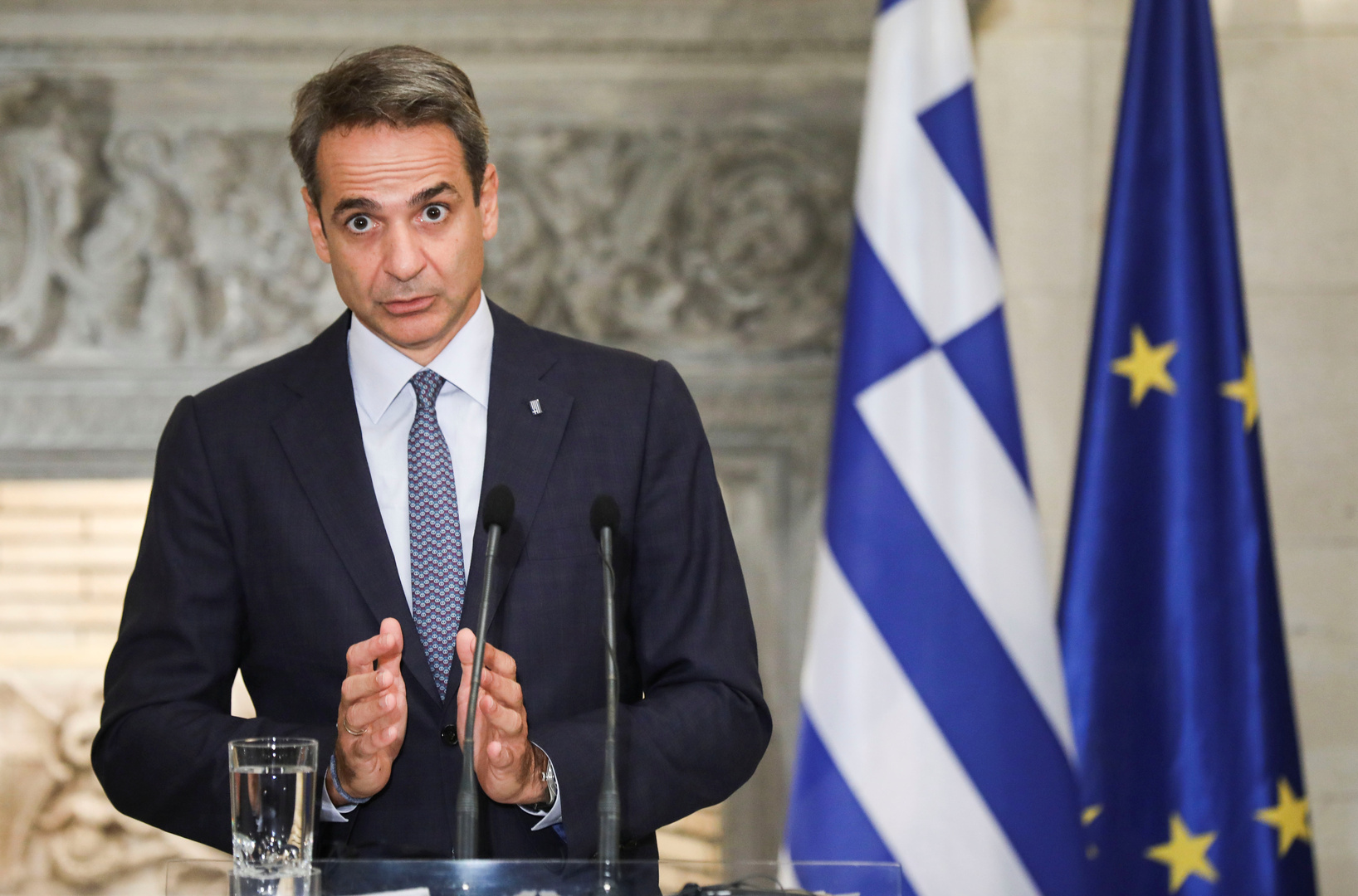 اليونان تجري تعديلا وزاريا