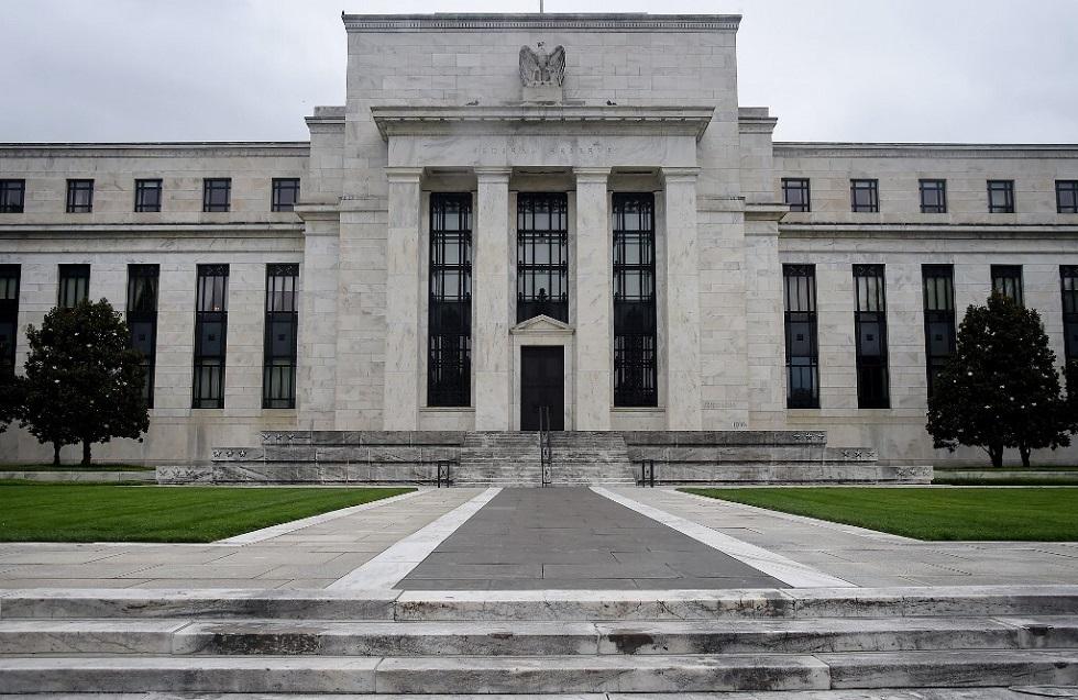 المركزي الأمريكي يتوقع فترة طويلة من السياسة النقدية المرنة