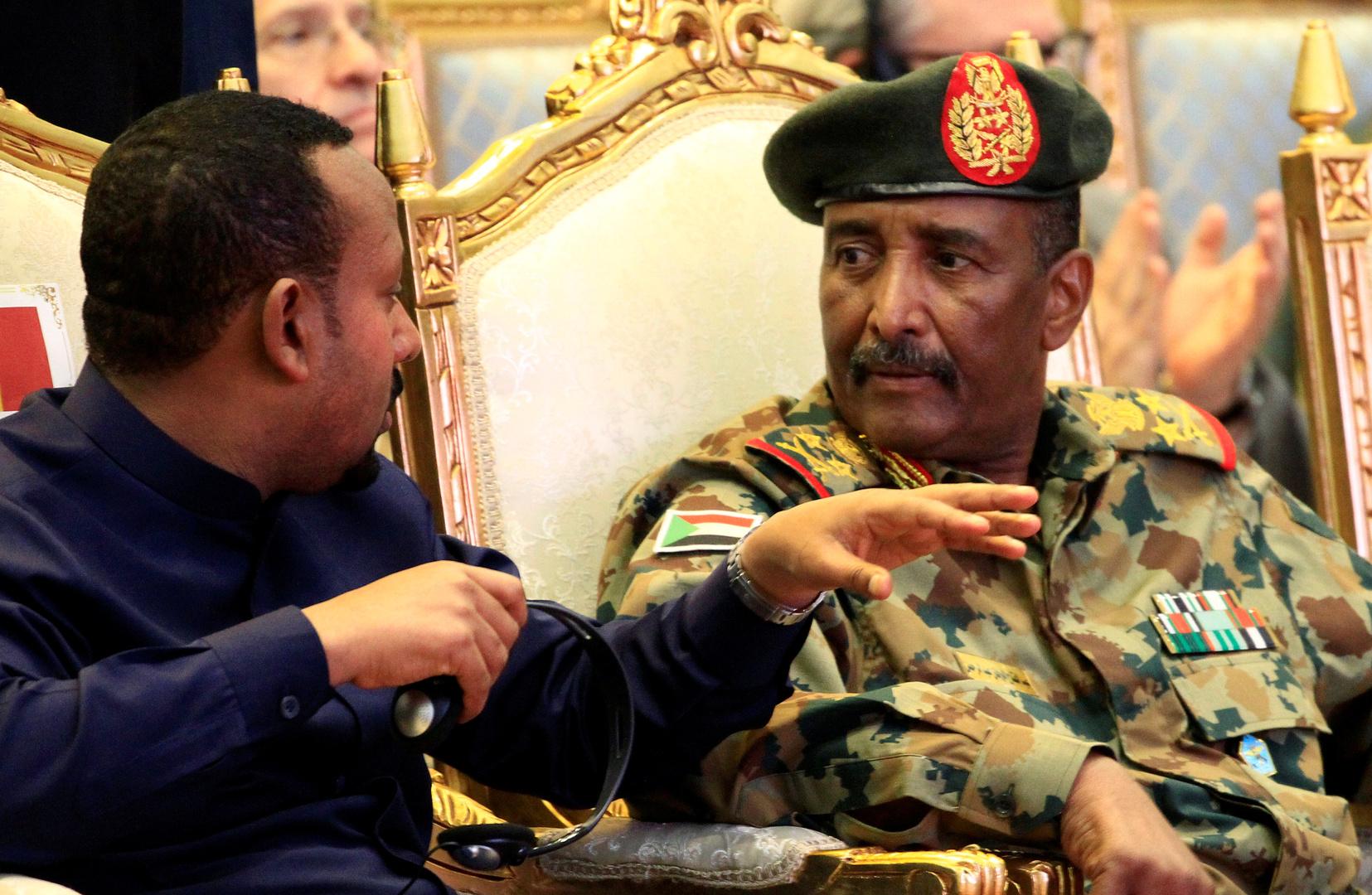 البرهان يشكر السيسي ويشيد بدور مصر في دعم السودان