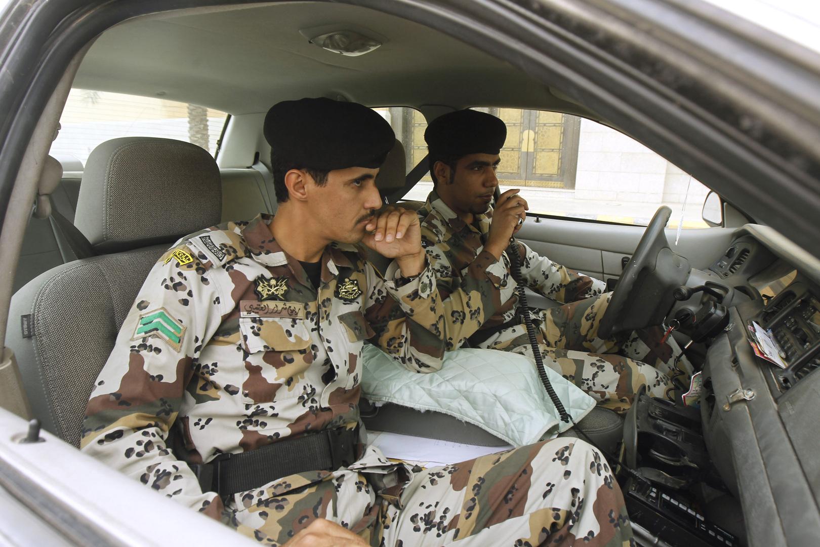 السعودية: القبض على مواطن سرق امرأة مشاركة برالي داكار