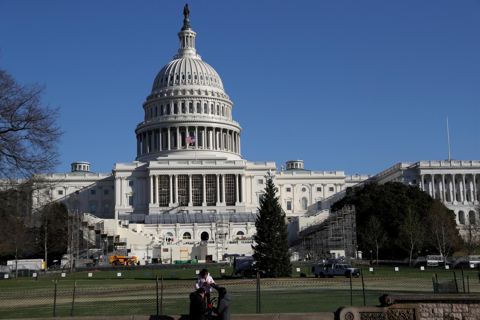 أكثر من 170 من رؤساء كبريات الشركات الأمريكية يطالبون الكونغرس بالمصادقة على انتخاب بايدن