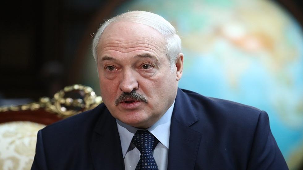 رئيس بيلاروس: كورونا عقاب من الله
