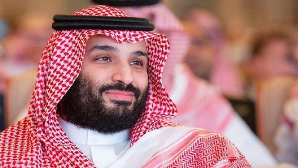ماهي السيارة التي جالت بمحمد بن سلمان وضيفه أمير قطر على رمال العلا؟