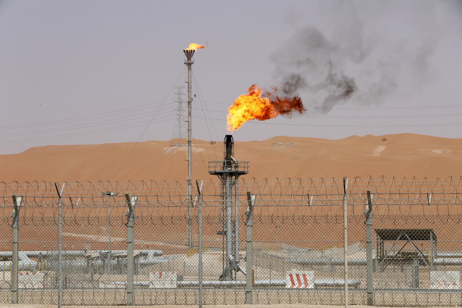 السعودية ترفع أسعار الخام لآسيا في فبراير