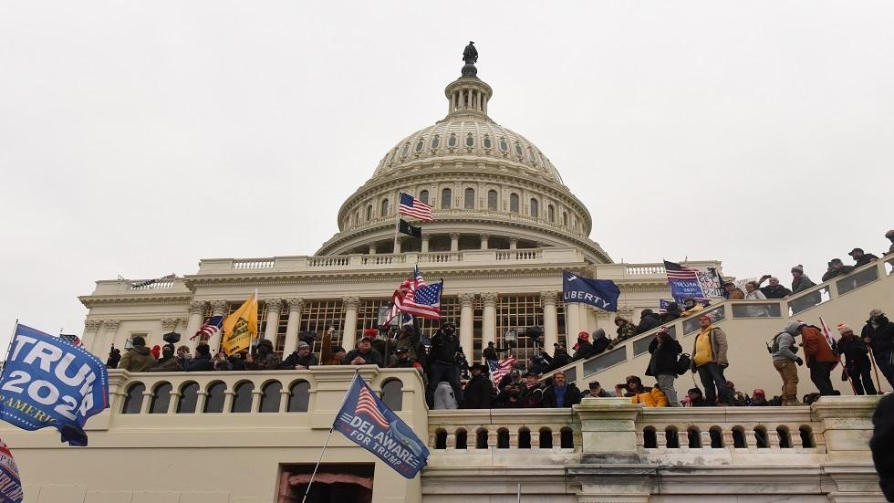 اقتحام أنصار الرئيس الأمريكي دونالد ترامب لمبنى الكونغرس في واشنطن