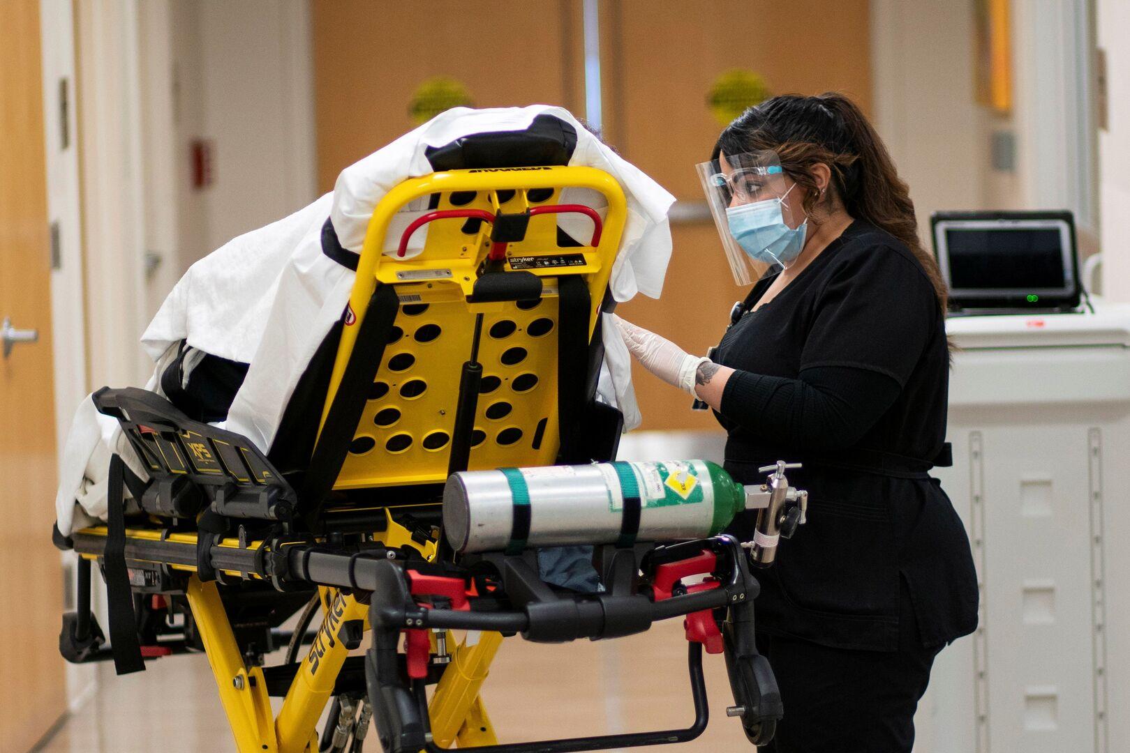 عدد الوفيات اليومية بفيروس كورونا في الولايات المتحدة يتجاوز 4 آلاف خلال الـ24 ساعة الماضية