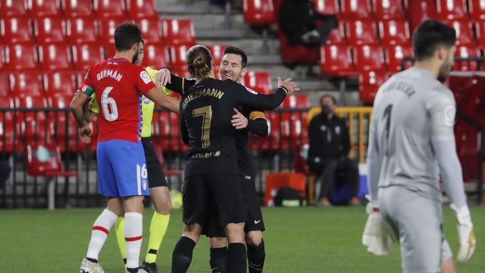 ميسي وغريزمان يقودان برشلونة لفوز ساحق على غرناطة (فيديو)