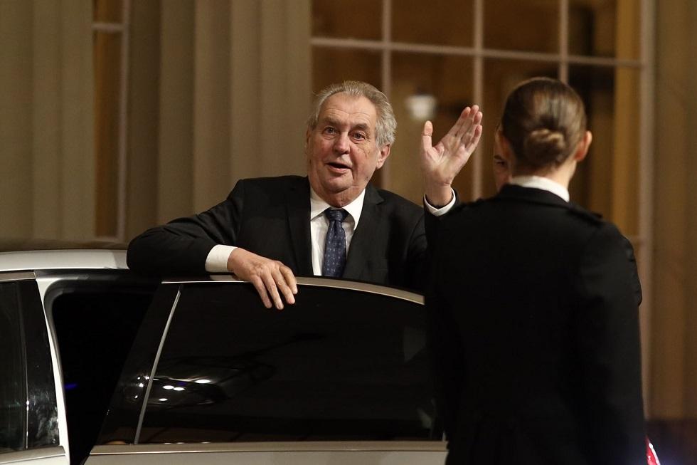 الرئيس التشيكي يطلب مساعدة إسرائيل بشأن التطعيم ضد كورونا