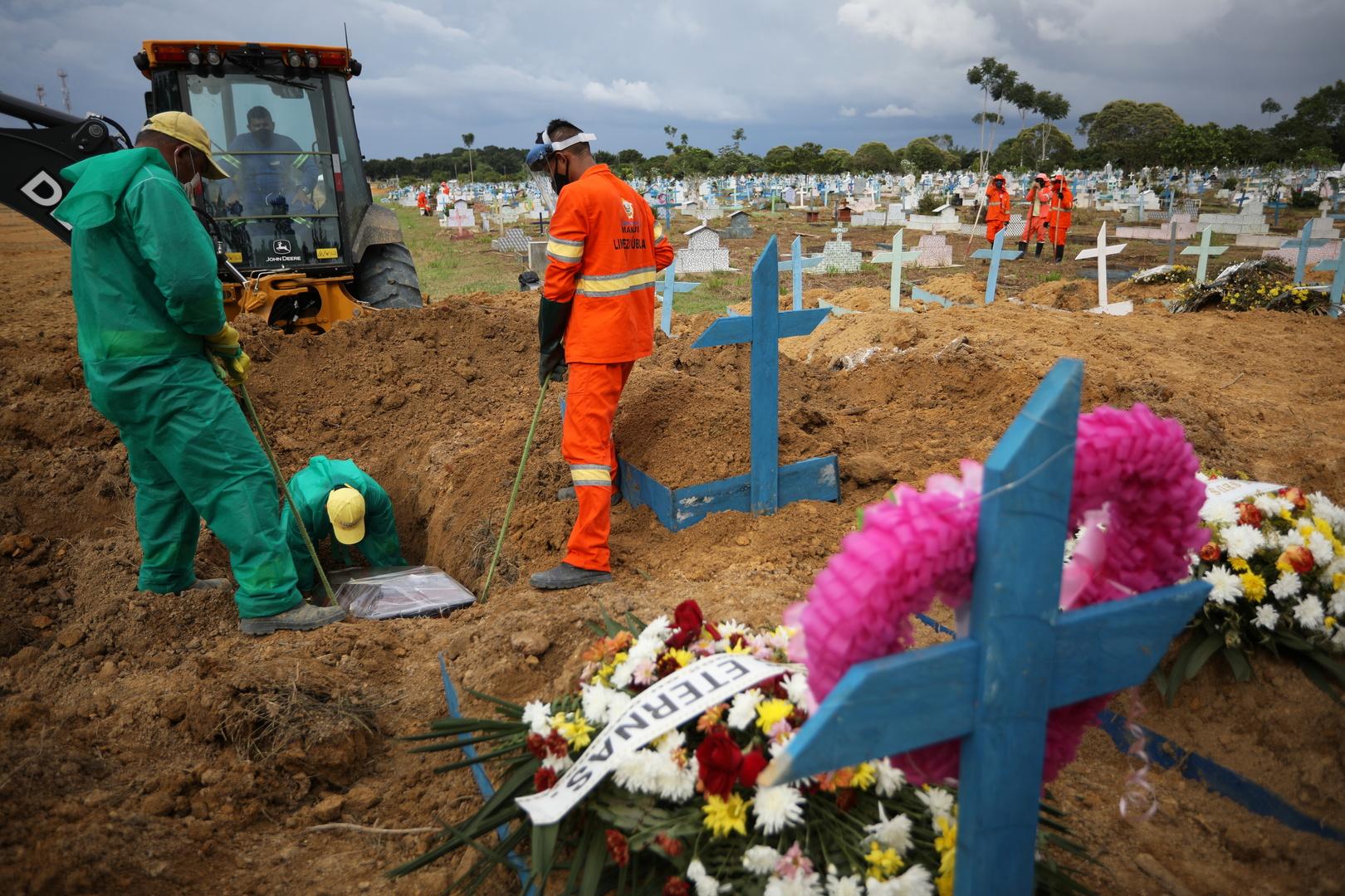 البرازيل تسجل 29792 إصابة و469 وفاة جديدة بفيروس كورونا