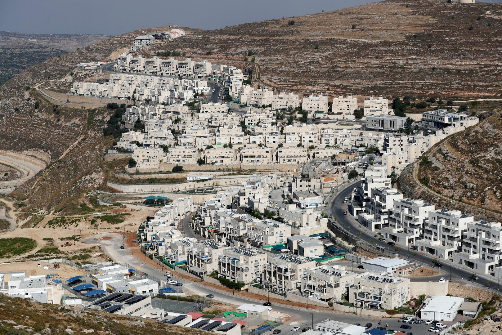قبل أيام من تنصيب بايدن.. إسرائيل بصدد التصديق على بناء 850 وحدة استيطانية في الضفة الغربية