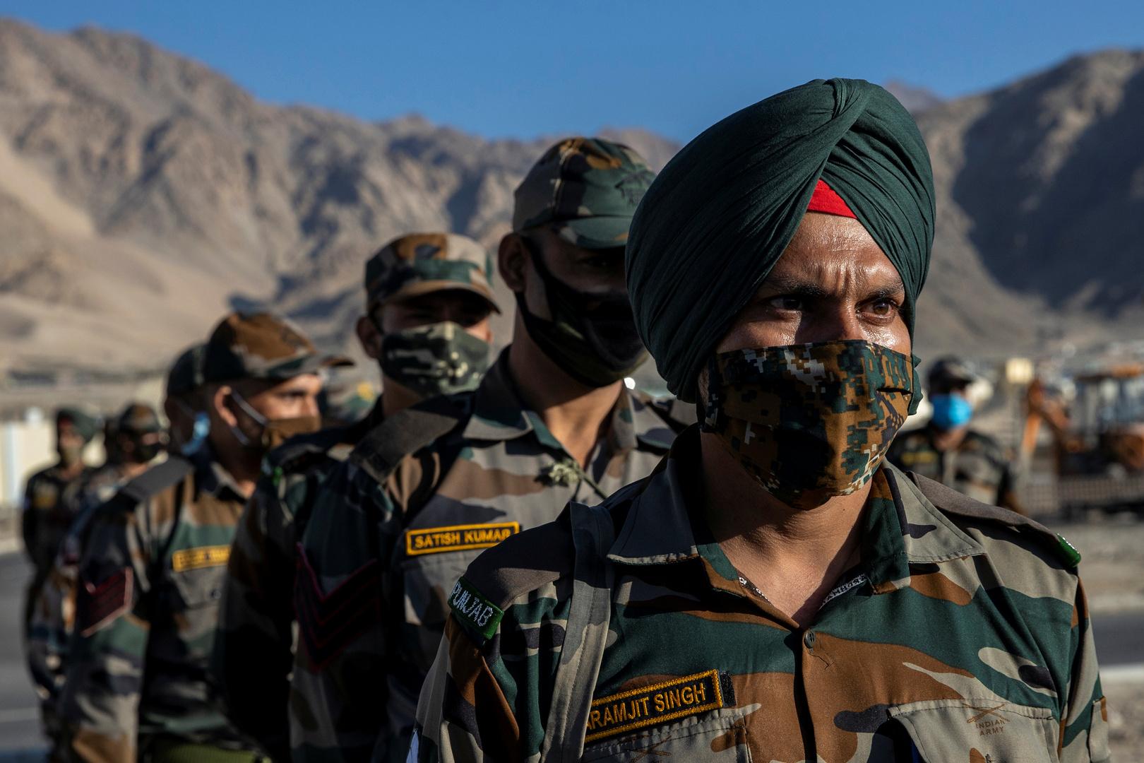 الهند تعيد إلى الصين جنديها المفقود منذ 4 أيام في شرق لاداخ الحدودية وبكين تثمن التعاون
