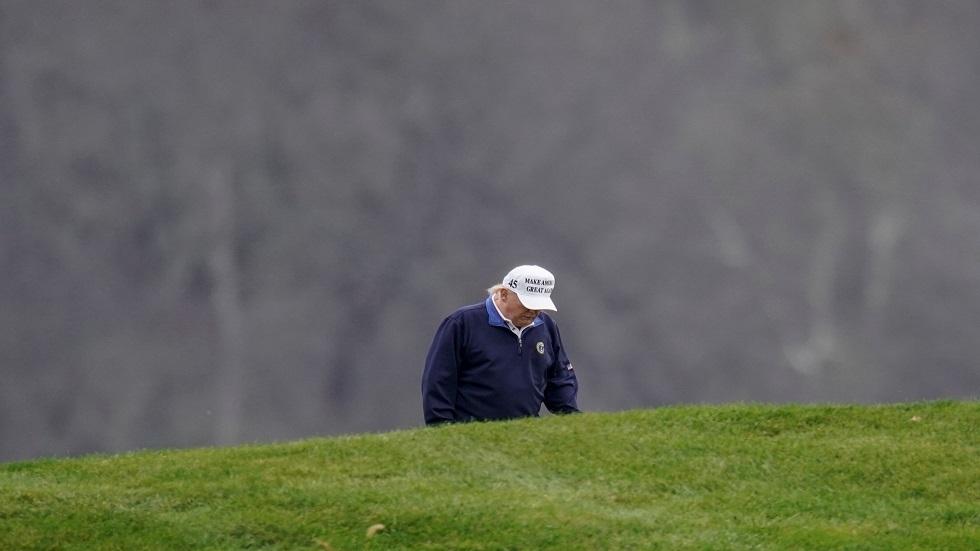 جمعيتان لرياضة الغولف تقاطعان مضمارين يملكهما ترامب