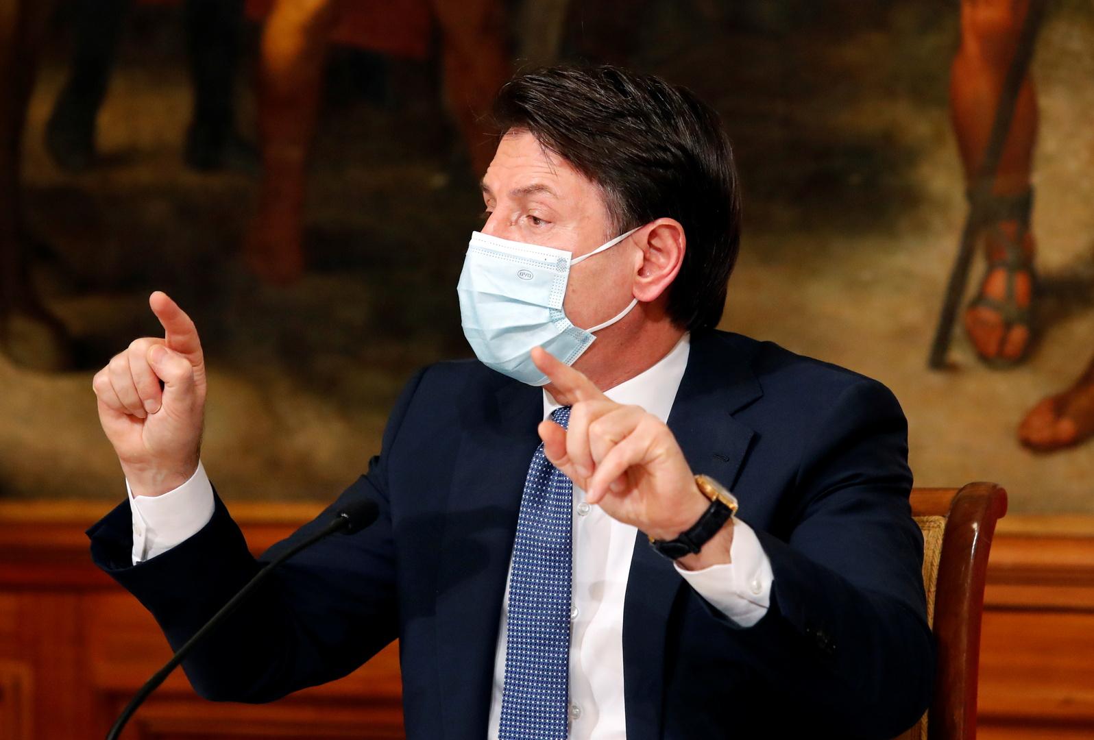 رئيس وزراء إيطاليا يحذر من زيادة قادمة في الإصابات بكورونا