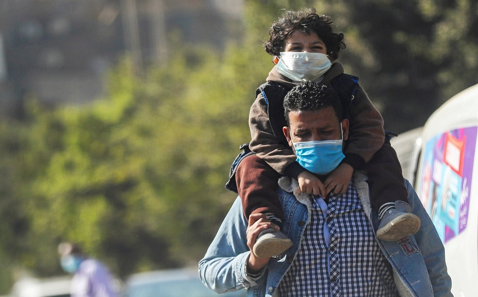 مصر تسجل 961 إصابة و52 وفاة جديدة بكورونا