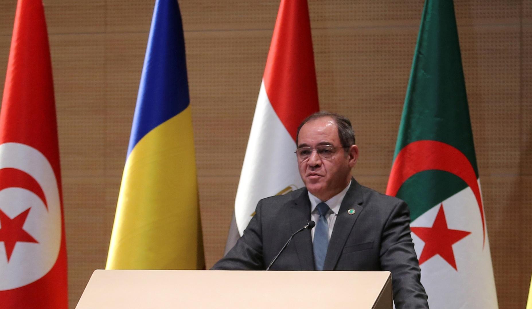 وزير الخارجية الجزائري يزور جنوب إفريقيا ليومين..الملفات الإقليمية ضمن المباحثات