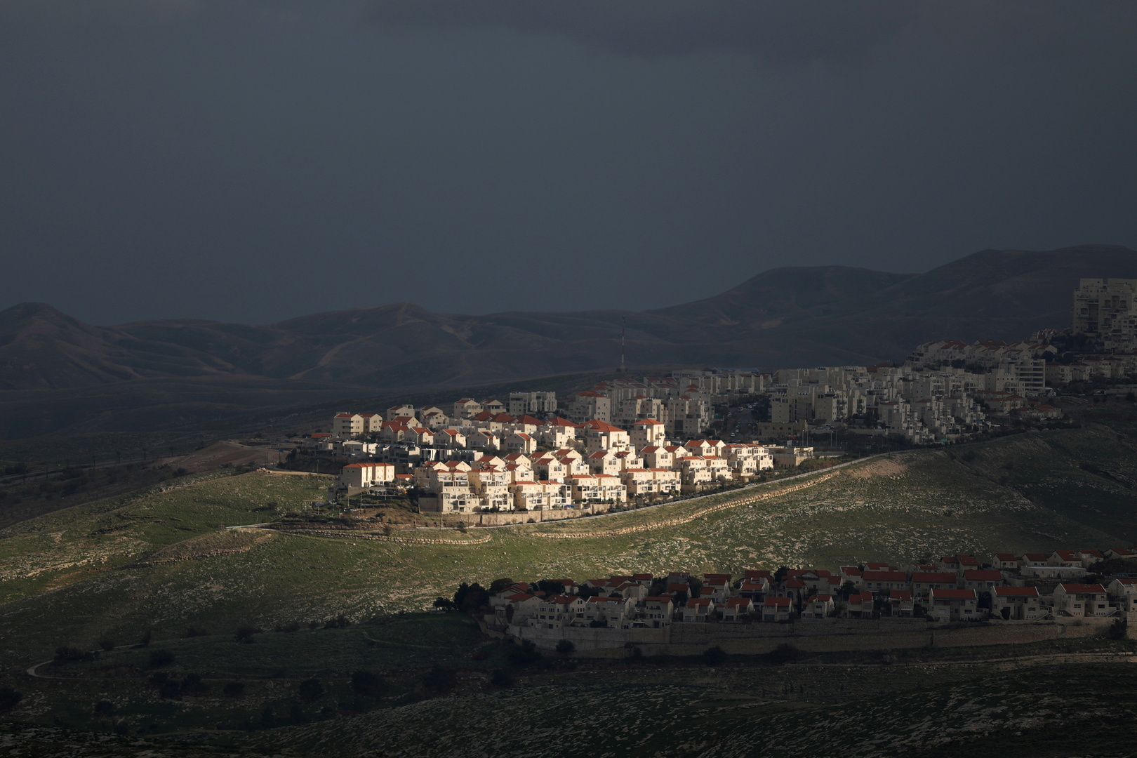 The Israeli Ministry of Defense approves initial steps to allow construction in