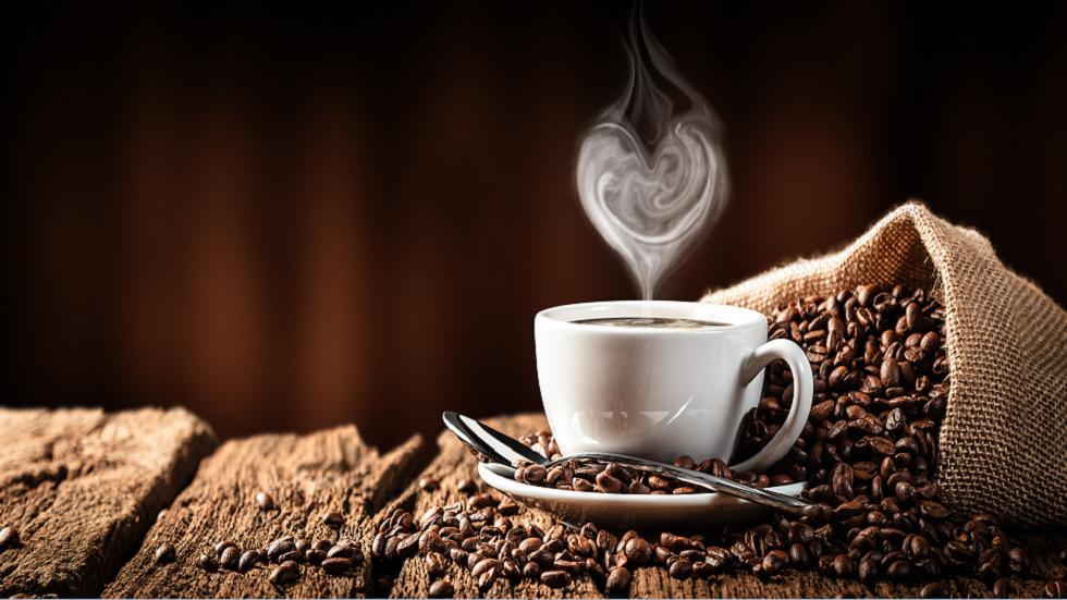 دراسة: شرب القهوة يوميا قد يحمي الرجال من سرطان خطير!