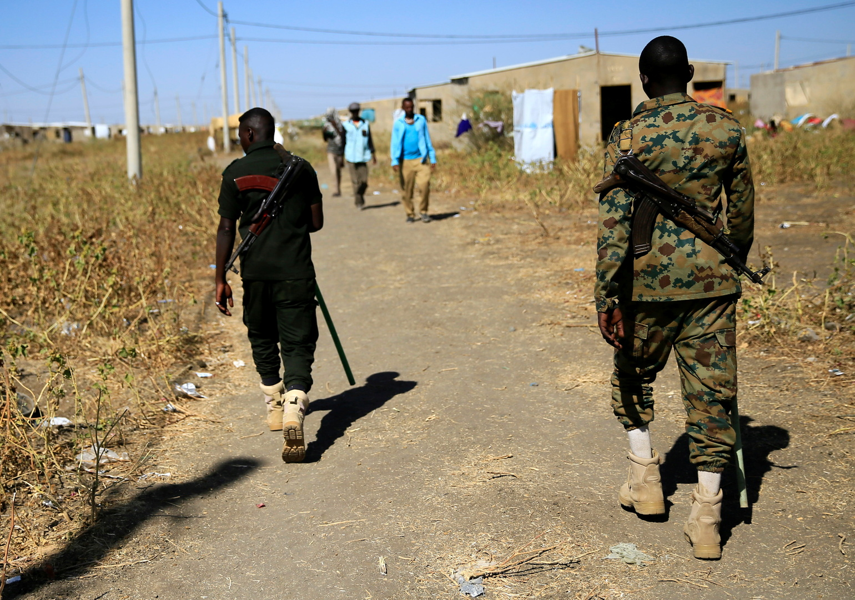 بعد تصاعد التوتر بين إثيوبيا والسودان.. البرهان يزور مدينة القضارف الحدودية