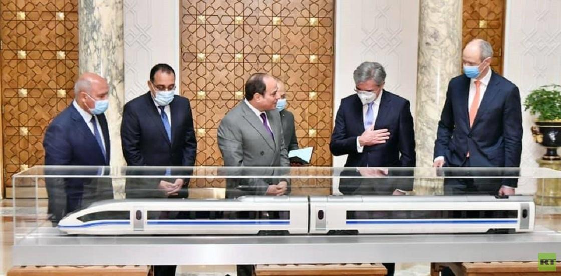 مصر توقع اتفاقا لإنشاء خط قطار فائق السرعة بـ23 مليار دولار
