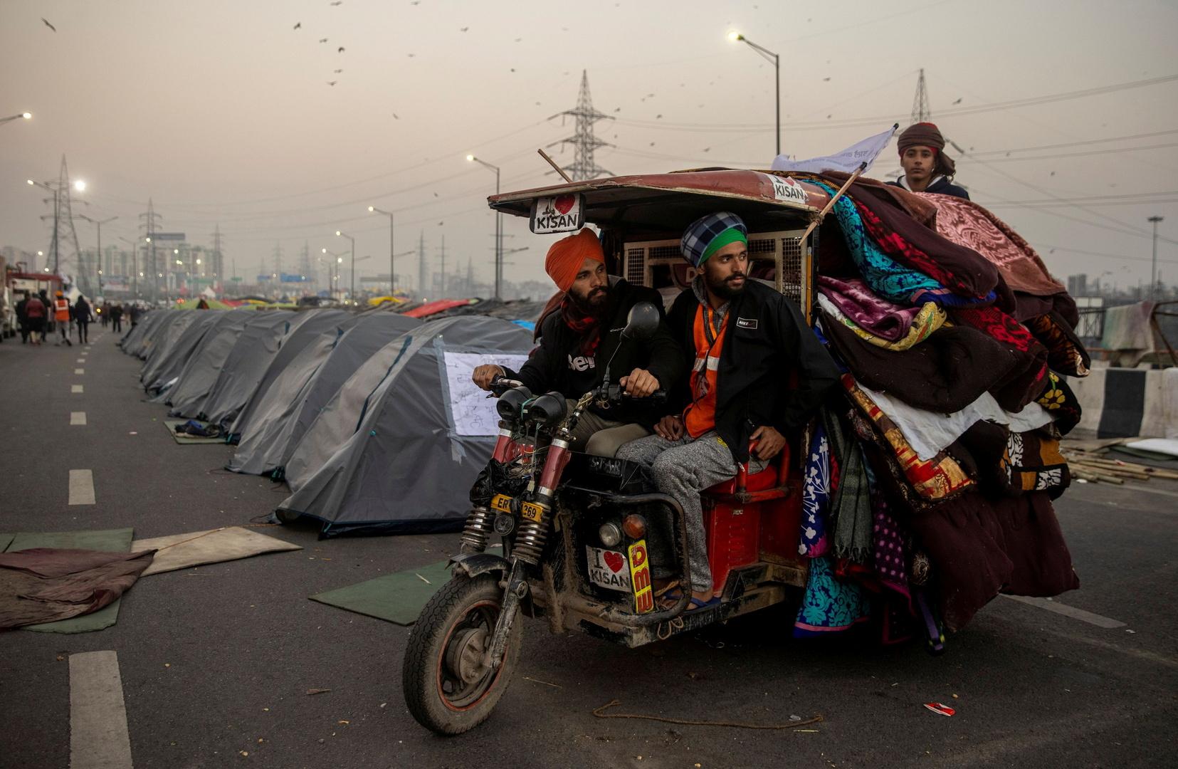 خيام المزارعين المحتجين في نيو دلهي