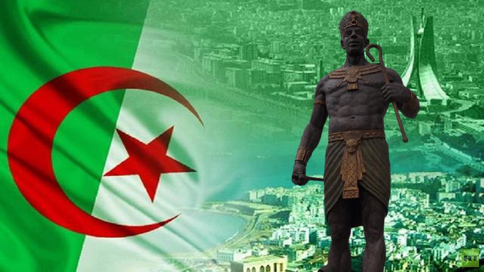 مصريون يحتجون وليبيا على الخط.. تنصيب تمثال الملك الأمازيغي