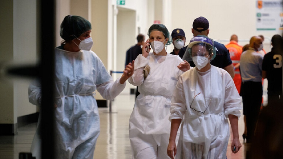 High corona injuries cause a shortage of oxygen cylinders in Brazil